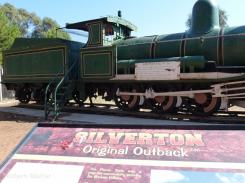 Silverton outback Train (800x600)