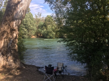 Relaxing by the Goulburn River
